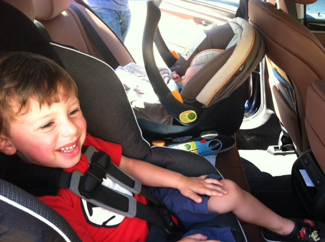 BoysInCarseats